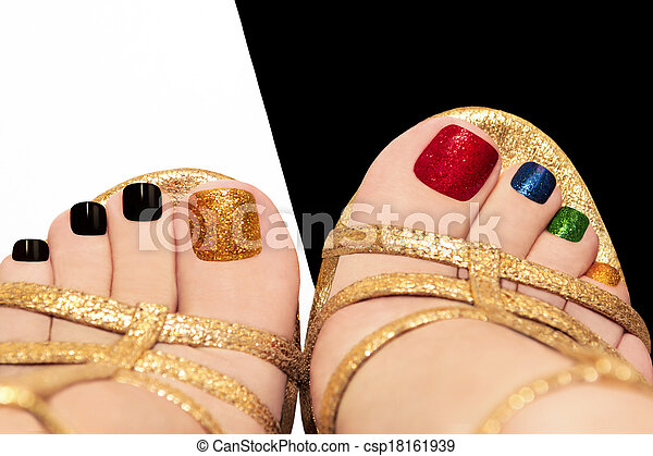 Multicolored shining pedicure. - csp18161939