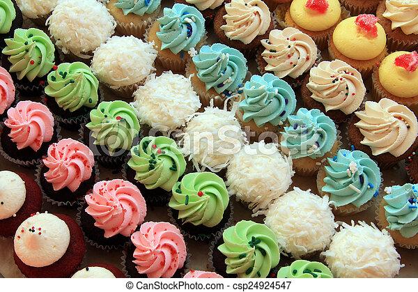 Multiple cupcakes - csp24924547