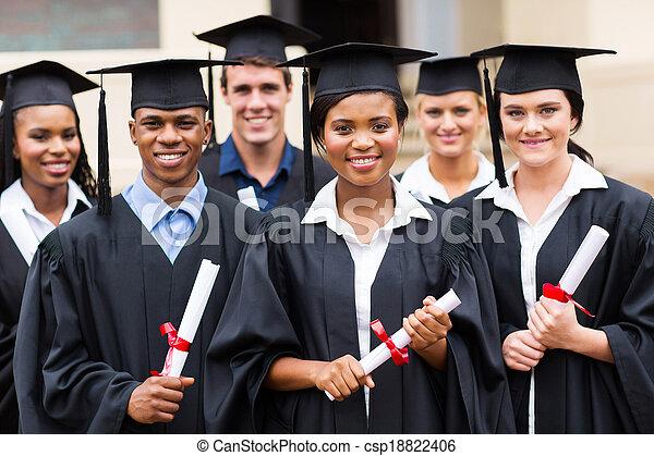 multiracial, absolwenci - csp18822406