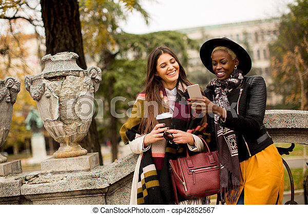 Multiracial friendship - csp42852567