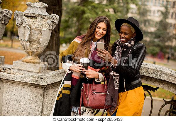 Multiracial friendship - csp42655433