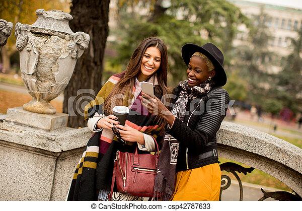 Multiracial friendship - csp42787633