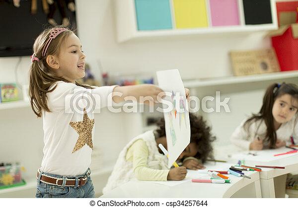 multiracial, playroom, dibujo, niños - csp34257644