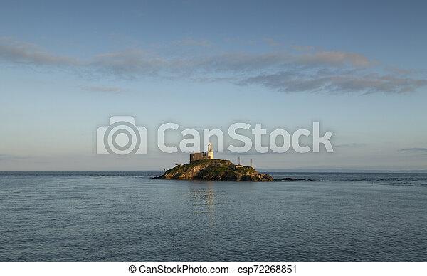 Mumbles Lighthouse island - csp72268851