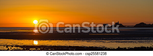 Mumbles sunrise panorama - csp25581238