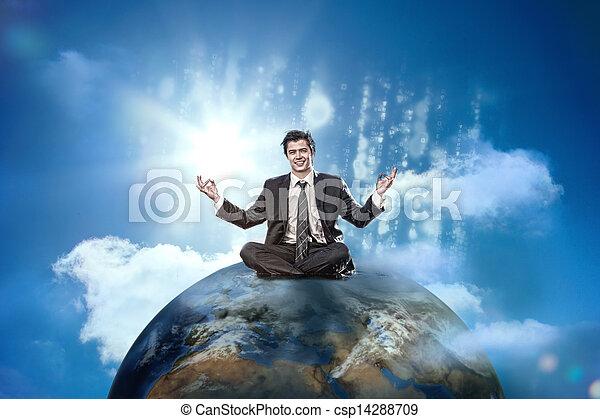Hombre de negocios sentado en la cima del mundo - csp14288709