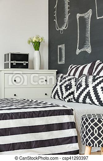 Mur, noir, chambre à coucher. Mur, modèle, literie, noir, chambre à ...