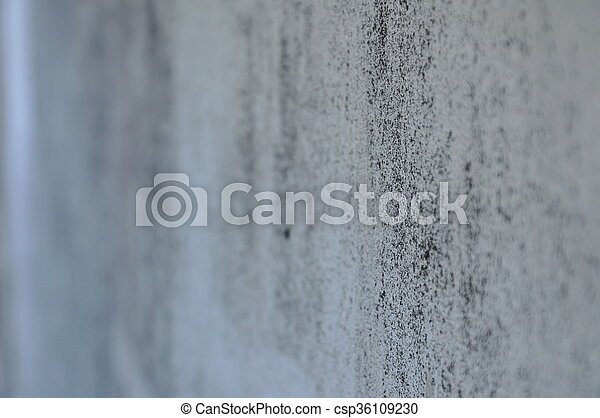 Mur, tache, point blanc.