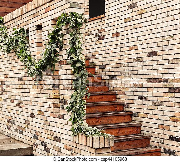 escalier en brique mur de brique et escaliers en bois en intrieur conu banque duimages with. Black Bedroom Furniture Sets. Home Design Ideas
