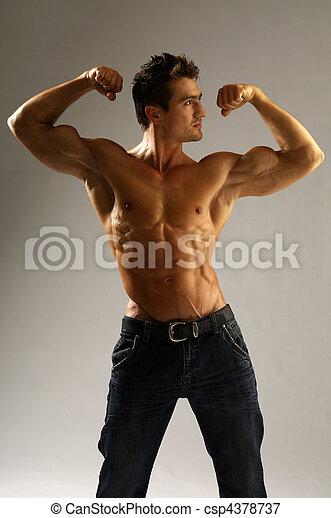 muscleman - csp4378737