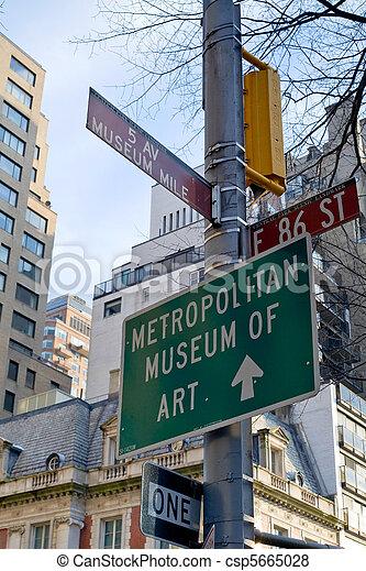 Museum Mile - csp5665028
