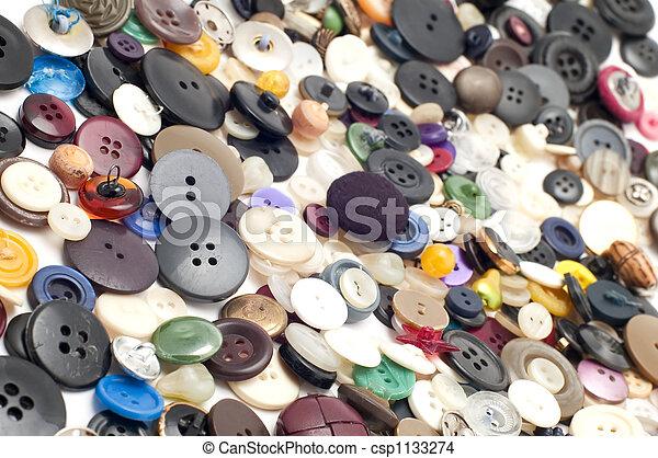 Ein farbiger Knopf - csp1133274