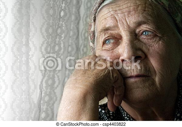 nő, öreg, gondolkodó, bús, elhagyott, idősebb ember - csp4403822