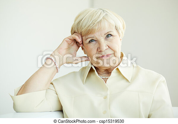 nő, öregedő - csp15319530