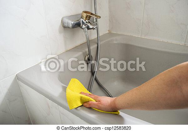 nő, neki, fényesít, sárga, ruhaanyag, fürdőkád - csp12583820