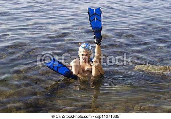 Naked girl diver