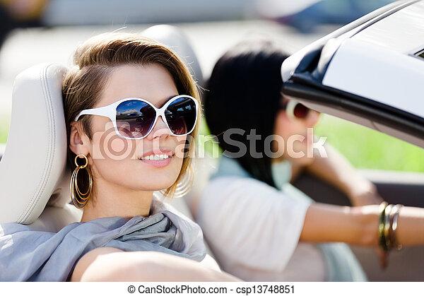 napszemüveg, autó, lány, feláll sűrű, átváltható - csp13748851
