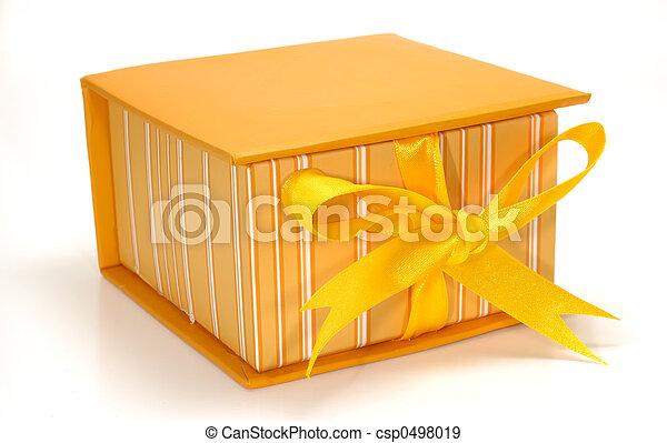 Caja naranja - csp0498019