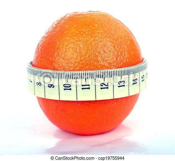 Naranja con cinta métrica - csp19755944