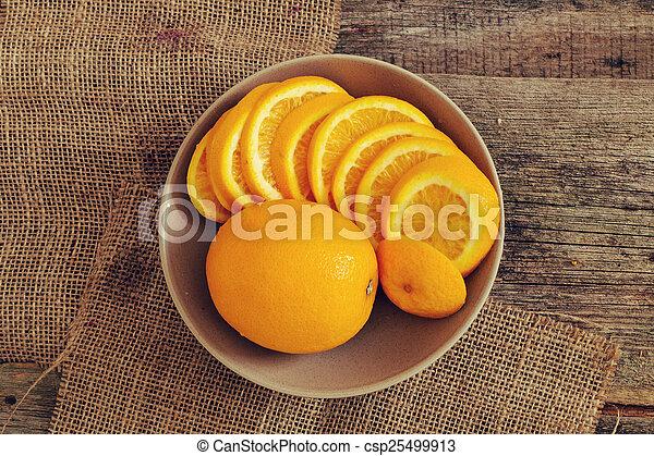 naranja, delicioso - csp25499913