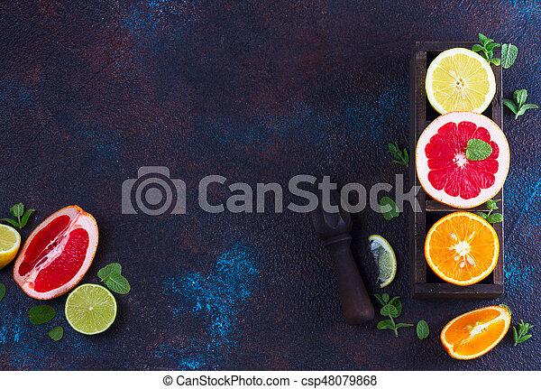 Naranja, limón y pomelo - csp48079868