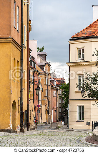 Narrow street in Warsaw old city - Poland - csp14720756
