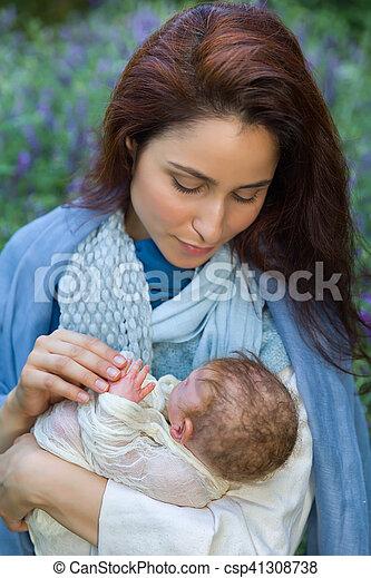 nativity, 得意である, 現場, 母 - csp41308738