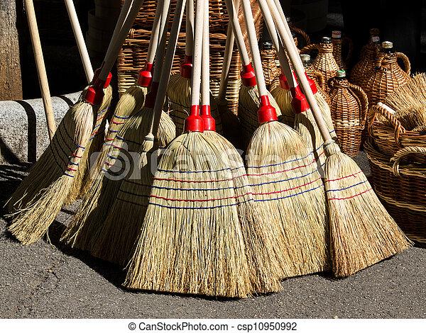 nature broom - csp10950992