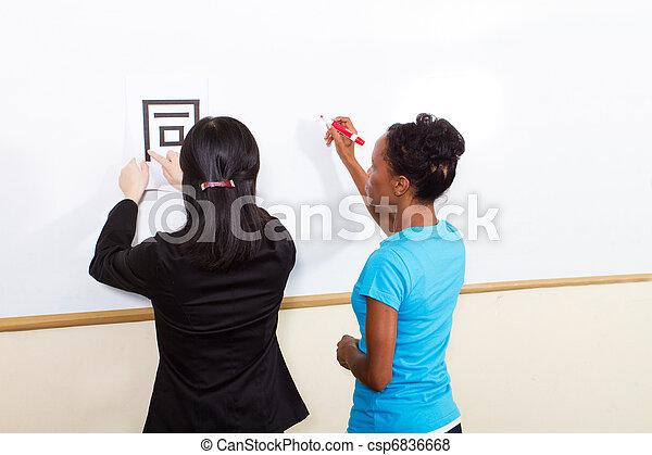 nauczanie, litera, nauczyciel, chińczyk - csp6836668