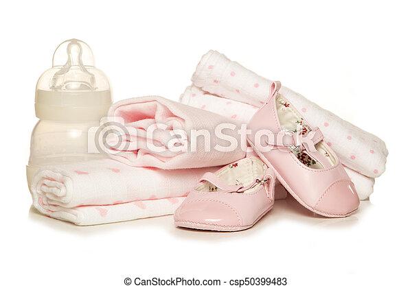 Preparando una niña - csp50399483