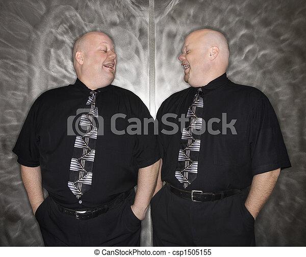 nevetés., ikergyermek, kopasz, férfiak - csp1505155