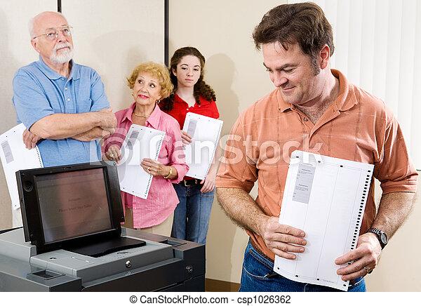 New Voting Machine - csp1026362