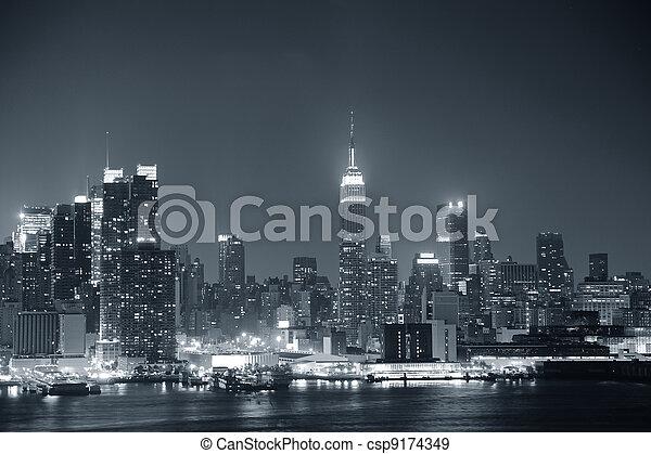 New York City Manhattan black and white - csp9174349