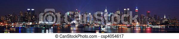 New York City Manhattan skyline panorama - csp4054617