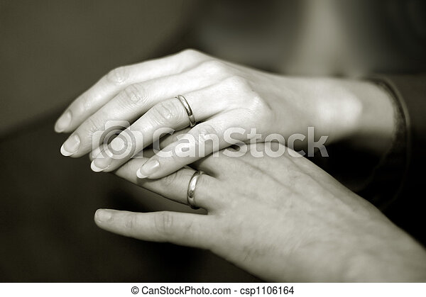 Newlyweds hands - csp1106164