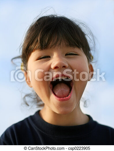 Chica feliz - csp0223905