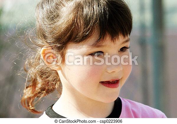 Chica feliz - csp0223906