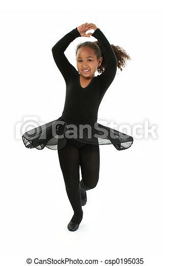 Una niña bailando - csp0195035