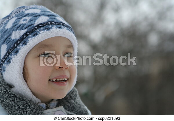Chica sonriente - csp0221893