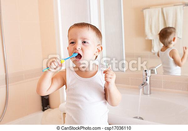 Niño, cuarto de baño, limpiar dientes.