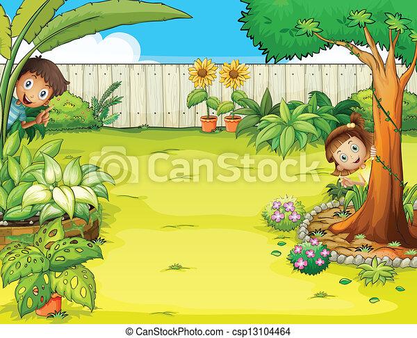 Un niño y una chica escondida en el jardín - csp13104464