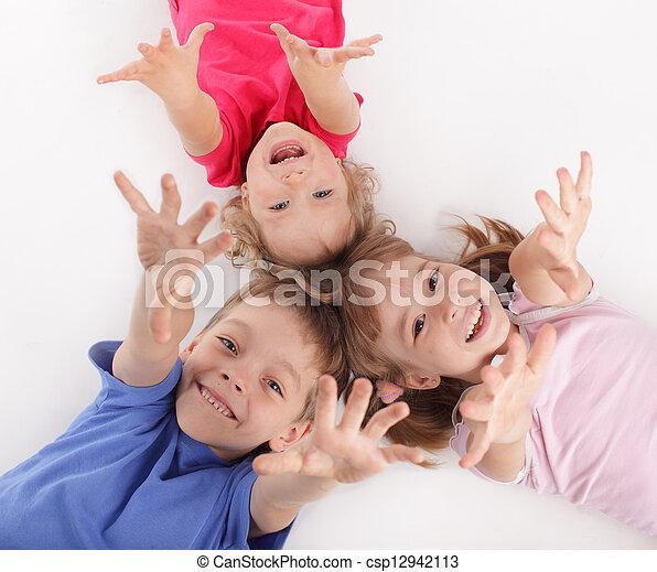 niños - csp12942113