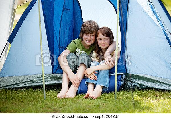 niños, sentado, joven, dos, frente, tienda - csp14204287