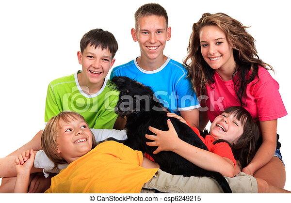 Sonriendo niños - csp6249215