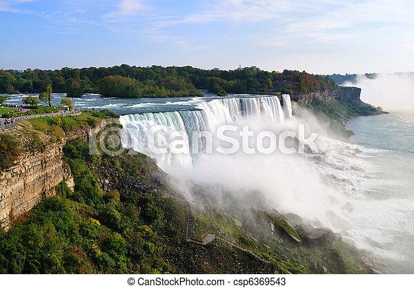 niagara vattenfallen - csp6369543