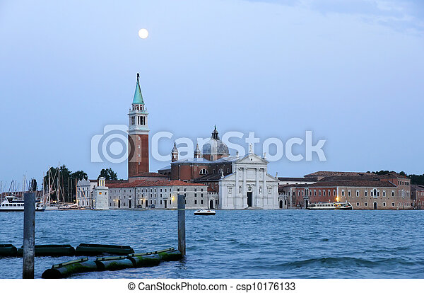 Nightfall in Venecia - csp10176133