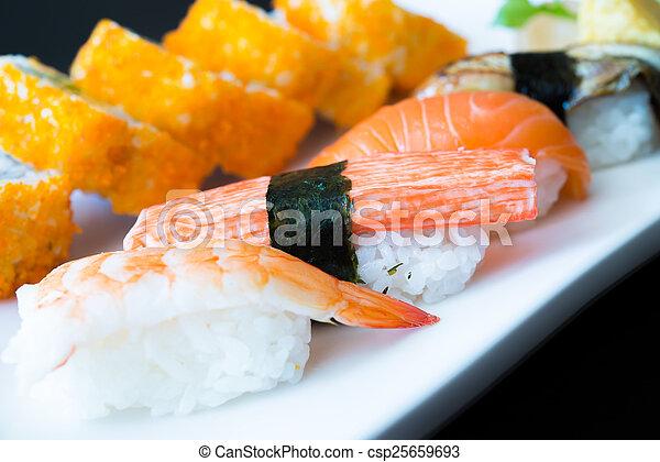 Nigiri sushi - csp25659693