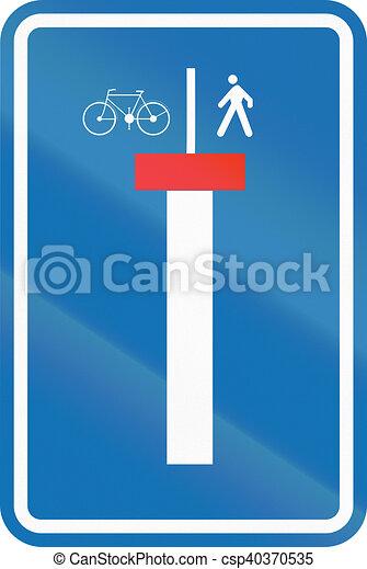 Señales de carretera belgas - no a través de la carretera excepto para peatones y ciclistas - csp40370535