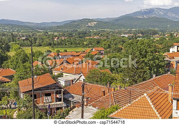 Vista panorámica del spa Resort de Niska, Serbia - csp71544718