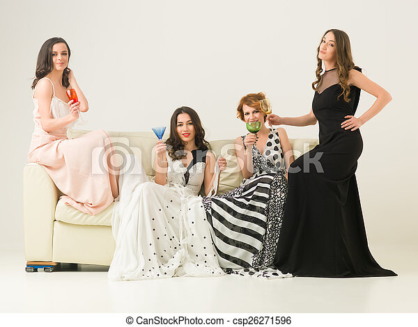 Noche de chicas - csp26271596